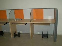 Glass Type Of Board Workstation With Cpu Trolly And Keyboard Tray