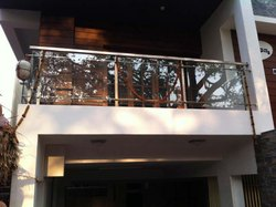 SSM67 SS Glass Balcony Railing