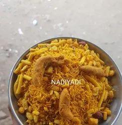 Nadiyadi Namkeen
