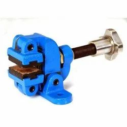 TORR Wire And Cable Industry Manual Disk Brake, Number Of Hole: 2, Packaging Type: Box