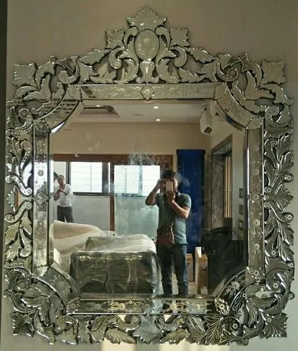 Natural Antique Venetian Mirror Size 6 X5 Rs 43000 Piece Glass Techno India Id 21636611773