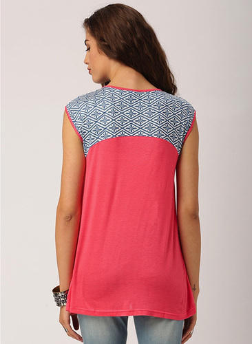 1e25a5f55320a Coral Knits Ladies Blouses   Tops Round Neck Loose Sleeveless Knit Top With Printed  Yoke Casual