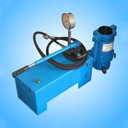 PCAL 1300 Pressure Calibrator with HP 04 Pump