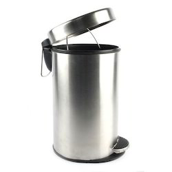Stainless Steel Foot Operated Dustbin