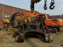 Hyundai Robex R-210 Excavator Upper Frames & Chassis
