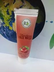 Herbal Green Strawberry Face Wash, For Skin, Packaging Size: 50 Gm