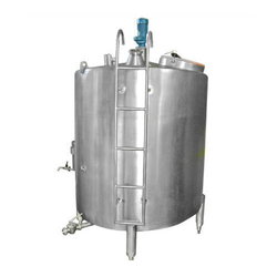SS316 Distilled Water Storage Tank, Capacity: 1000-5000 L
