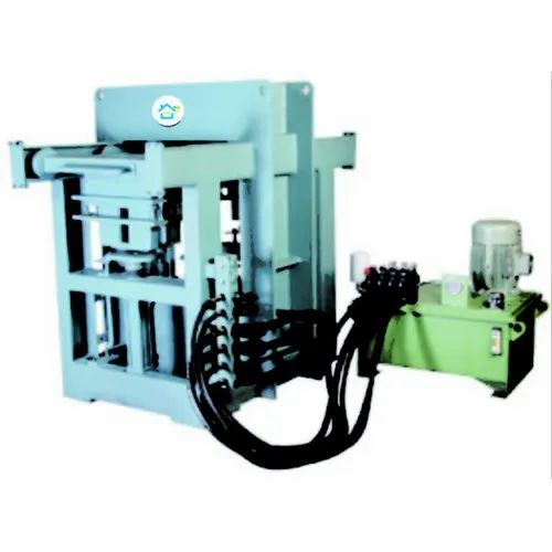 PSM-3 Semi Automatic Brick Paver Making Machine With Two Station