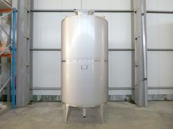 3000 L Stainless Steel Tanks