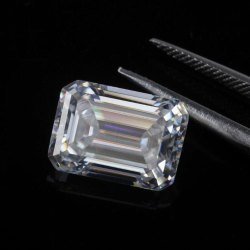 DEF Colorless Emerald Cut Loose Moissanite