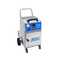 Steam cleaning machine with vacuum for hotels