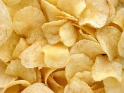 Fried Classic Salted Potato Wafers, Pack, Packaging Size: Lot