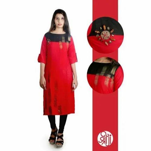 Casual Wear Ladies 3/4 Sleeve Rayon Kurti, Size: L