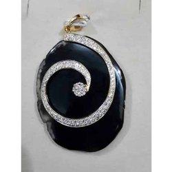 Diamond Studded Agate Gold Pendant