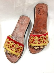 Women Embroidered Ethnic Kolhapuri Chappal