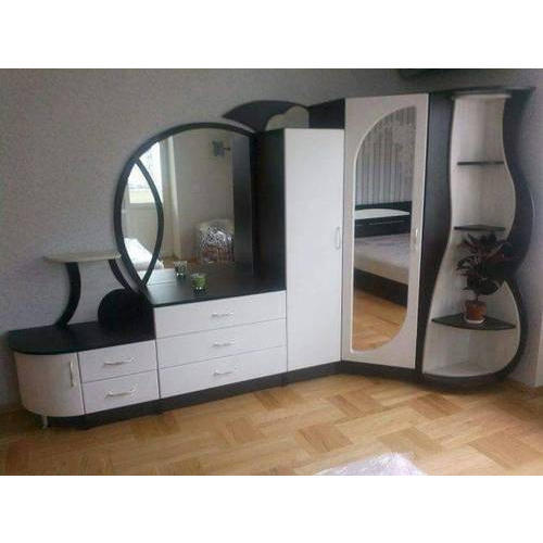 Plywood design for bedroom cupboards
