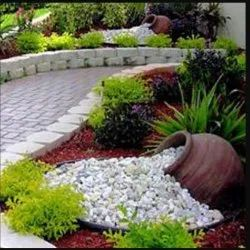 White Round Pebbles Stone Colours Designs, For Landscaping, Dimensions: Good Quality