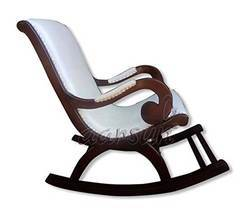 Home Traditional Wooden Rocking Chair / Relaxing Chair, No Of Legs: 4