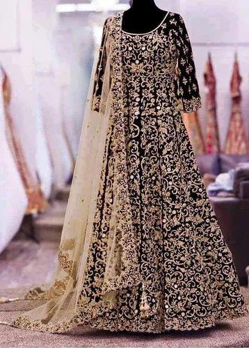 Bridal Wear, दुल्हन की पोशाक at Rs 2000 /piece   कढ़ाई वाले दुल्हन के वस्त्र - Shashi Fabrics India, Delhi   ID: 15730343591