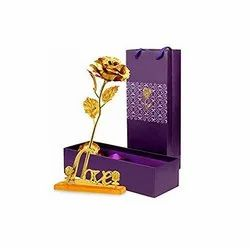 Art & Kraft Metal And Plastic 24k Gold Rose With Love Stand