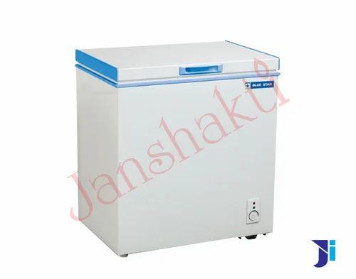 Top Open Door Blue Star Hard Top Chest Freezer, -18 To -22 Deg., Capacity: 300 L