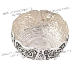 Metal Silver plated round bowl