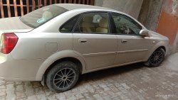 Silver 1 Old Chevrolet Optra Car, Model: 2007