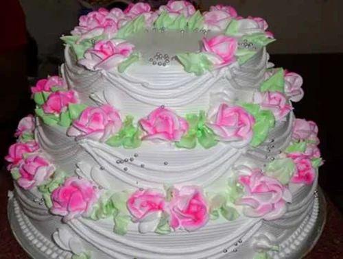 3 Tier Fresh Vanilla Wedding Cake