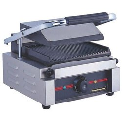 Toastmaster Sandwich Griller / Contact Grill - E-DPX-11E For Restaurant