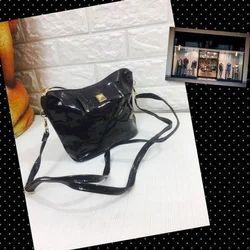 Black PU Leather Ladies Hand Bag