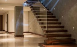 Cantilever Staircase for Home