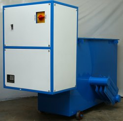 200 kVA Three Phase Oil Cooled Voltage Stabilizer