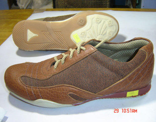 flat athletic shoes