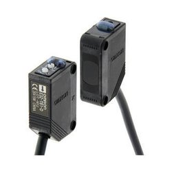 Omron E3Z-T81 Photoelectric Sensor