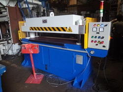 Santec Hydraulic Auto Feeding Cutting Machines