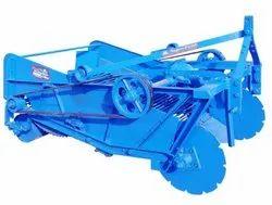 Potato Machinery - Amar Potato Digger Tractor Model PTO