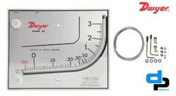 Dwyer Mark II Model 41-2-AV Manometer 0-2.5 Inch WC