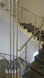 Jindal raw materials Silver Stainless Steel Railing, 32 Inch