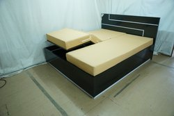 Wooden Electric Beds Automatic Home Care Bed For Senior Homes, Size/Dimension: 3 X 6, Size: 3 X 6