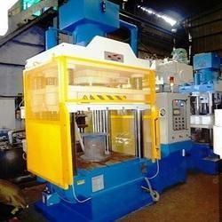 Compression Moulding Press 200 Tons Capacity