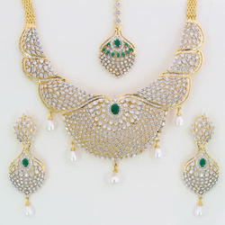 Party Brass Ladies Designer Necklace Set, Packaging Type: Box