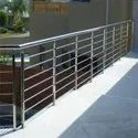 Bar Silver Stainless Steel Pipe Railing, For Anywhere