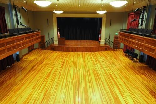 For Outdoor Glossy Wooden Stage Flooring Auditorium Works
