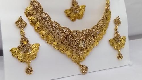 d04ed1d68 Party And Regular Wear GOLDEN Artificial Jewellery 25