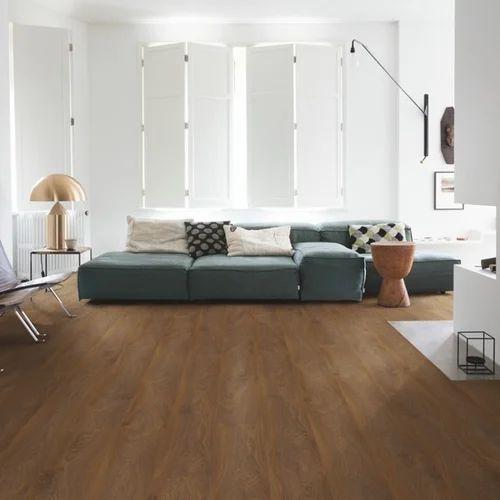 Quickstep Golden Oak Laminate Flooring