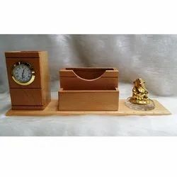 Wooden Penstand With Ganesh