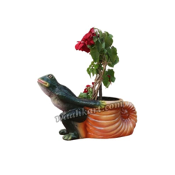Frog Dragging Plant Pot Holder