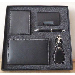 Walnut Corporate Gift Set