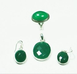 Green Onyx 925 Sterling Silver Rings and Earrings