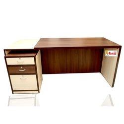 Wooden Brown 3 Drawers Office Table, Size: 72*36*30